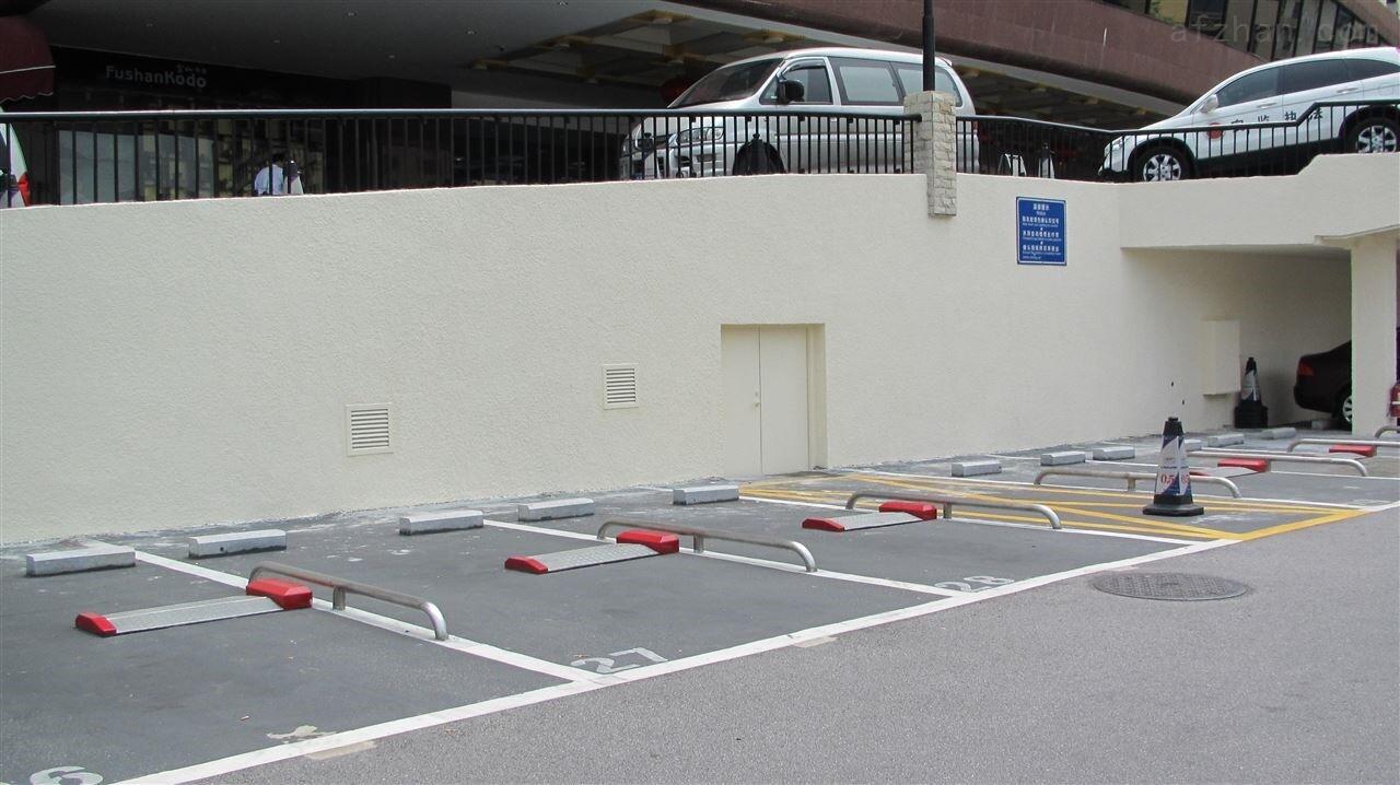 无人值守停车场平板升降车位锁图片