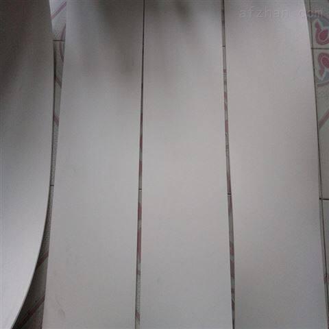 四氟楼梯板造价高吗