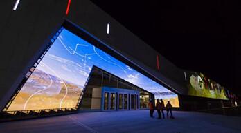 """艾比森LED显示屏成为加拿大科技博物馆""""门面担当"""""""