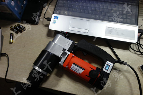 电动数显扭力扳手图片